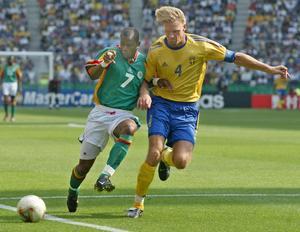 Johan Mjällby bar kaptensbindeln i det Sverige som spelade VM 2002.