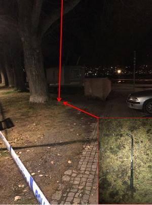Bild från polisens förundersökningsprotokoll. Vid angiven plats hittades ett föremål som man misstänker använts vid misshandeln.