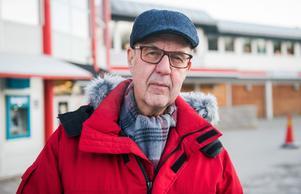 Kurt Lindgren, 77 år, pensionerad frisör, Hemmanet.