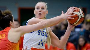 Louice Halvarsson gör comeback i landslaget efter en tids frånvaro. Bild: Janerik Henriksson/TT.