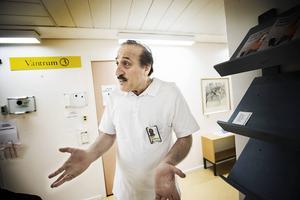 Hamid Katouzian är distriktsläkare på Zätagränd i Östersund. Han har jobbat där länge och vet vad det innebär när arbetsbelastningen ökar och ökar.