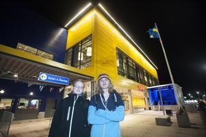 Det viktigaste för Viktor Brisell och Hugo Skarp från Leksand är att komma först till kassan.