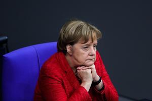 Angela Merkel är bekymrad och vill undvika en minoritetsregering.Foto: Marcus Schreiber