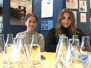 Linnea Engström och Cornelia Cekal har startat ett skolprojekt om vatten.