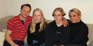 Familjen Kilpinen/Jakobsson består av pappa Ola, lillasyster Nova, storebror Maximilian och mamma Kia.