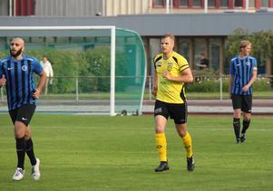 Efter en hel karriär i fotbollen lämnar Daniel Bengtsberg nu Riala och Roslagen.