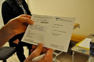 Man får ett sådant här vaccinationskort när vaccinationen är genomförd.