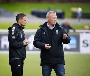 Johan Persson och Bengt Ottosson tränar Brage tillsammans även i år.