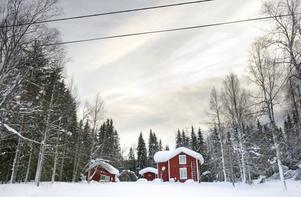 Enligt en kartläggning som kommunen gjort med hjälp av lantmäteriet finns ungefär 750 hus i Örnsköldsviks landsbygd som står tomma hela eller stora delar av året.