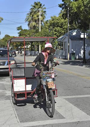 Originell cykeltaxi i centrala Key West.   Foto: Anders Pihl/TT