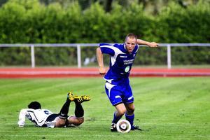 Rengsjö var nära att få Strand på fall i det viktiga division 3-derbyt i går.