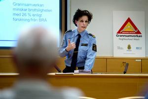 I början av december så höll polisen ett informationsmöte om grannsamverkan på kommunhuset i Timrå. Nu fortsätter man på det konceptet och utbildar kontaktpersoner.