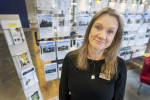 Christina Marktin på Länsförsäkringar Fastighetsförmedling berättar varför de tvingas säga nej till köpuppdrag på landsbygden.