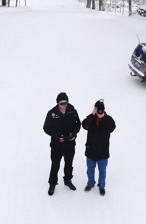 Här har helikoptern plåtat sin ägare och en frusen reporter från luften.