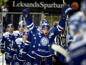 Jesper Ollas hade många anledningar att jubla efter segern mot Linköping.