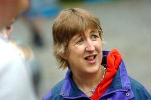 Körglädje. Det är lika roligt att köra folkrace på sommaren som under vintern, tycker Monika Berndt.