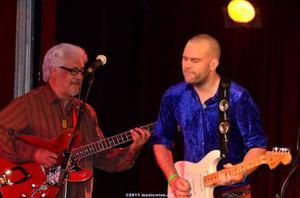 Två gitarrhjältar. Larry Coryell, från Florida, och Stefan Edfeldt, från Lit.
