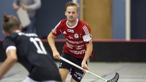 Daniel Snickars tror att hans Per Ols kommer gå vinnande ur rivalmötet med Knäppmora.