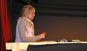 Kajsa Wallin står för manus och regi till årets sommarspel på Skantzen, Lilla, lilla Liten.