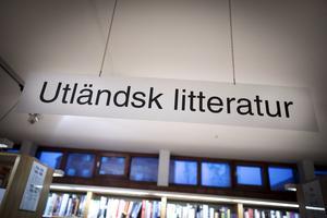 Utlåningen av utländsk litteratur ökar inte helt oväntat.