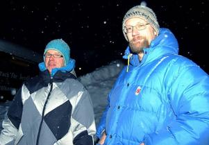 Torbjörn Lundström och Per Blomqvist är några av de föräldrar som kämpar för en bättre och säkrare busshållplats..