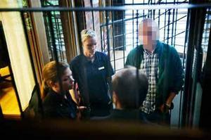 Dennis Jonsson dömdes till 12 års fängelse i tingsrätten. Nu hoppas han på ett lindrigare straff.