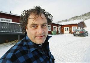 Ulrich John från Borås, var under gårdagen och tittade på Almåsas skidanläggning, vilken han är ny ägare till.