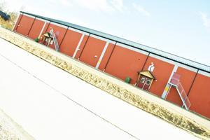 Ishallen i Svenstavik kan komma att göras om till en allaktivitetshall. Nu ska kommunmedborgarna få säga sitt om hallen.