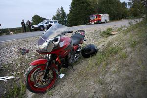 En singelolycka med mc inträffade strax före nio på torsdagskvällen.