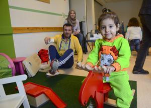 Jana Al Mousa fastnade direkt för den röda gungälgen.