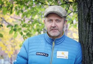 Damtränaren Mattias Persson och övriga landslaget ska nu träna i Italien under tio dagar.