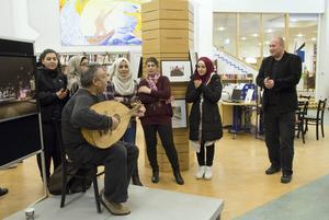 Förutom sång och musik så höll kulturchef Fredrik Lundström ett invigningstal.