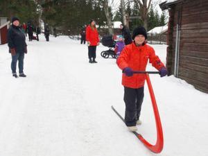 Emma Eijdersund övergav skidorna för en sväng med spark.