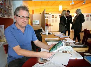 Lasse Arvidsson arrangerade Världsautismdagen i Söderhamn.Foto: Hans-Åke Sandberg