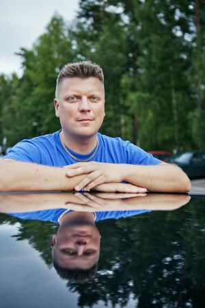 Johan Sundin är en av över 14000 andra som gått med i en Facebookgrupp för att stoppa förslaget. Även Motorhistoriska riksförbundet har engagerat sig i frågan.