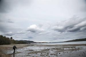 Här någonstans, i Storsjön strax norr om Svenstavik, kan spökraketen ha slagit ner. Militärens sökande efter rester av raketen var resultatlöst.