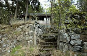 Serveringspaviljongen är byggd på platsen där fyrvaktar och lotsbostaden låg.