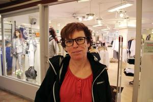 Catarina Brink, Svågadalen:– Det kan nog krångla till det en del för de äldre, som inte har internetbank. Det är nog på gott och ont. Själv har jag inte haft några problem.