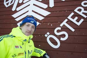Torstein Stenersen en skidskyttestjärna som hittat hem i Östersund och fått sitt genombrott i år i svenska landslagsdressen. I veckan gör han VM-debut i sitt hemland Norge.