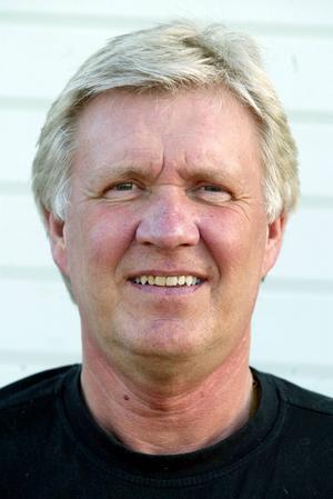 Leif Widegren gör comeback på IFK Östersunds bänk. Den erfarne tränaren kommer från och med bortamatchen mot Anundsjö i höst att assistera Adam Mattiasson som coach.
