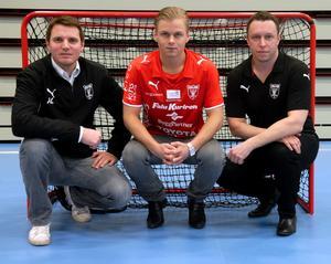 2010 gjorde IBF Falun, som då tränades av Andreas Lundmark (till vänster) en spektakulär värvning, när klubben värvade stjärnan Christian Mattsson (i mitten).