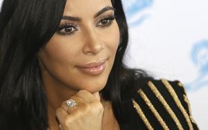 Kim Kardashian utsattes för ett brutalt rån i Paris när hon var i Frankrike med anledning av Cannes filmfestival. Mohamed Touzari skriver om att Kim K förtjänar mer respekt.