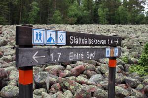 Klapperstensfältet på väg mot Slåttdalsskrevan från söder, innan figurerna började byggas.