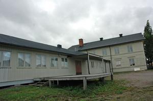 ÅTER LIV I HUSET. Efter att ha stått tomt under flera år så gamla möbelhuset i Tierp fyllas med liv och rörelse när Hälsohuset slår upp portarna under nästa år.