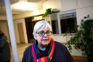 Ingrid Lindahl nämnder kvinnoförbundets ordförande Lena Sommerstad när hon får frågan om lämplig partiledarkandidat.