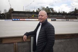 Ljusdals klubbchef Ola Bengtsson vill bygga med omsrog mot elitserien.