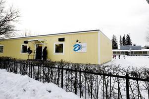 Utdömda. Friskolans nuvarande lokaler på Valbogatan har kritiserats av Arbetsmiljöverket.  Foto: David Holmqvist