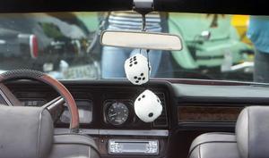 En klassisk detalj i gamla veteranbilar.
