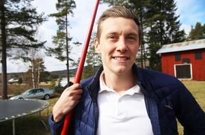 Joel Jansson, från Forneby strax utanför Arbrå, jagar vidare mot Rio och Paralympics.