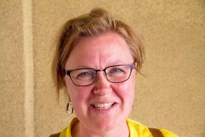 Kerstin Törngren, 53, studerande och rammakare, Viksäng:- Jag vill tacka för allt du har gjort för mig genom alla år. Du har alltid sagt: man ska aldrig ta ut någonting sorgligt i förskott och man ska ta en dag i taget.
